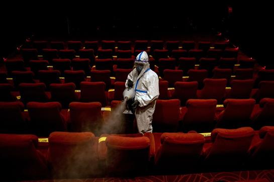 Pandemia kërcënoi dhe cungoi aktivitetet dhe jetën kulturore